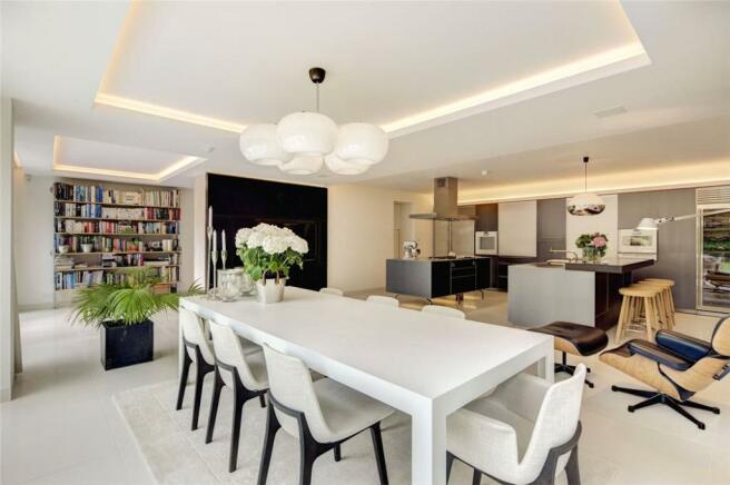 Dining Area, W11