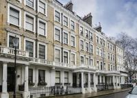 2 bedroom Flat in Ovington Gardens...