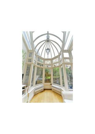 Glass Atrium Sw3