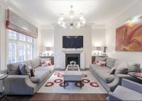 Flat for sale in Cadogan Gardens...