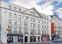 3 bed Flat for sale in Royal Court House...