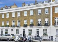 4 bed Terraced property in Sydney Street, Chelsea...