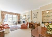 Flat for sale in Cheval Place...
