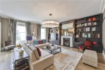 Grosvenor Crescent Flat for sale