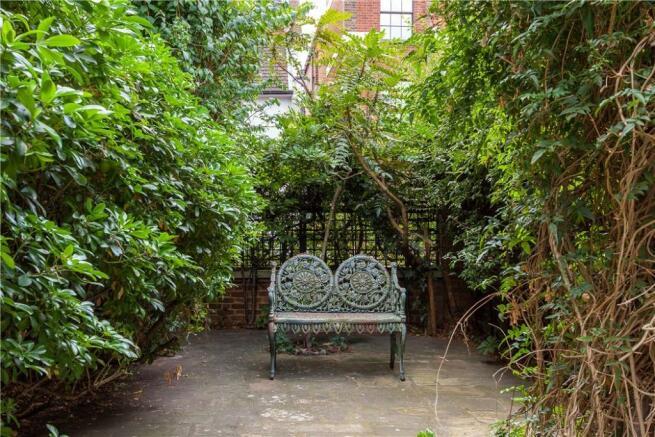 Garden Sw3