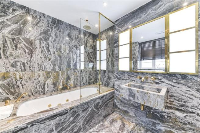 Marble Bathroom Sw1