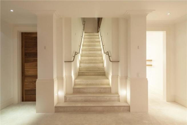 Grand Staircase Sw6