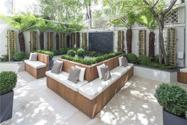 Garden SW1