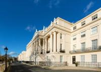 2 bedroom Flat for sale in Cumberland Terrace...