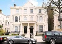 3 bedroom Flat in Randolph Road...