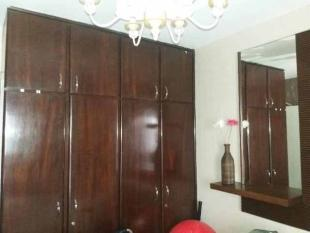 wall fitted wardrobe