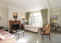 4 bed semi detached property for sale in Grosvenor Hill...