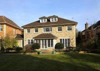 6 bed Detached house in Greenoak Way, Wimbledon...