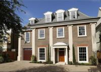 6 bedroom Detached house for sale in Roedean Crescent...