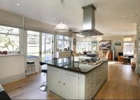 6 bed Detached home for sale in Lauriston Road...