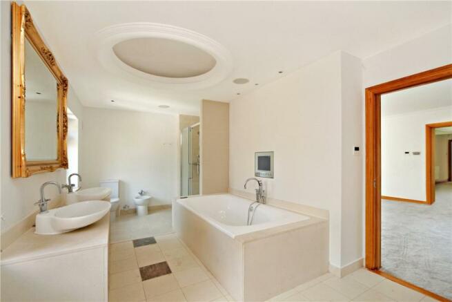 Kt2 Bathroom