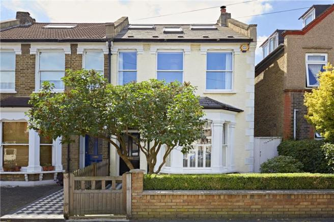 4 Bedroom Semi Detached House For Sale In South Park Road London