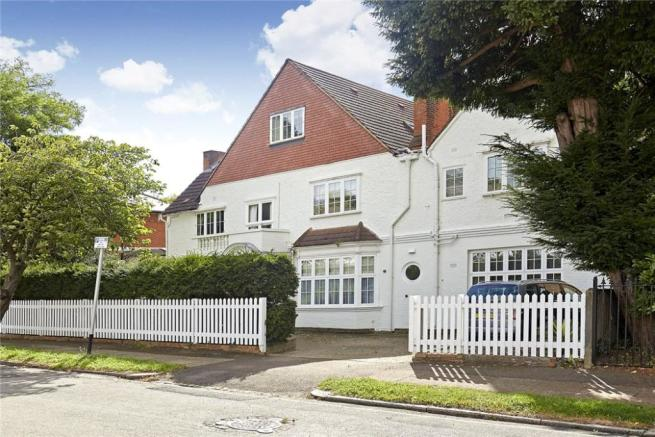 2 Bedroom Flat For Sale In Cottenham Park Road Wimbledon London