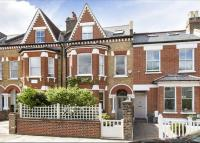 5 bed Terraced house in Hendham Road, Wandsworth...
