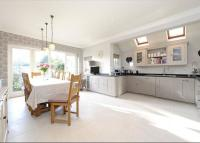 6 bed Detached property in Balham Park Road...