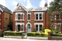 5 bedroom semi detached property in Thurleigh Road...
