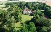 6 bedroom Detached house in Ipsden, Wallingford...