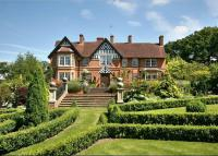 8 bedroom Detached house for sale in Fulmer Rise, Fulmer...
