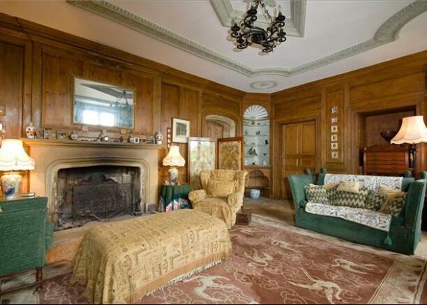 7 bedroom detached house for sale in st margarets road for Bedroom furniture yeovil
