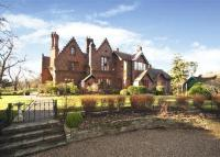 7 bedroom Detached house for sale in Redhill Road, Cobham...