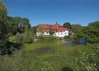 10 bedroom Farm House in Billingshurst Road...