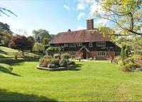 Detached house in Tidebrook, Wadhurst...