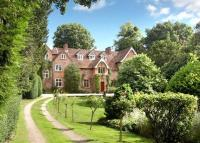 6 bed Detached house in Monks Risborough...