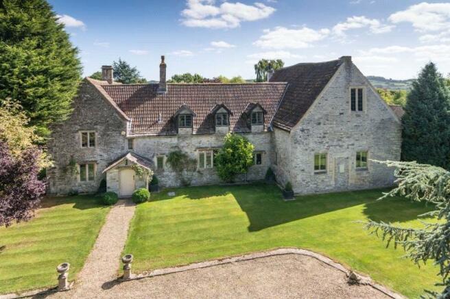 6 bedroom detached house for sale in wapley road