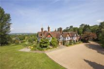 6 bedroom Detached home for sale in Castle Hill, Rotherfield...