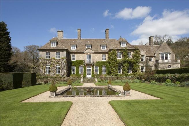 10 bedroom house. Grange 10 bedroom farm house for sale in Conkwell  Limpley Stoke Bath