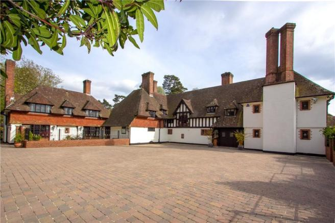Prime Country House