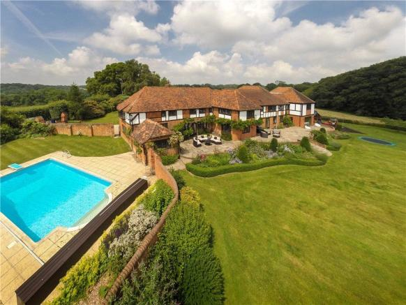 6 Bedroom Detached House For Sale In Northend Henley On Thames Buckinghamshire Rg9 Rg9