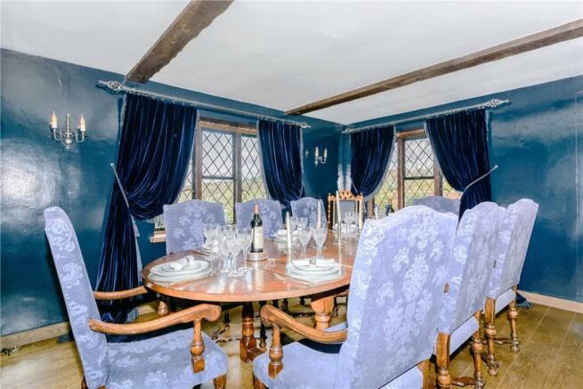 5 Reception Rooms