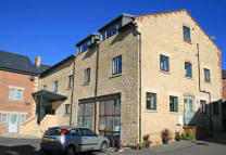 1 bedroom Apartment in Home Orchard, Stroud...