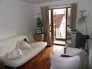 1 bed Flat to rent in Merrywood Rd -...