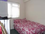 Flat in Hill Avenue - Victoria...