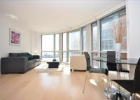 1 bed Flat to rent in Ontario Tower...