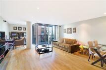 2 bedroom Flat in Medland House...