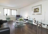 2 bed Flat in Hans Crescent...