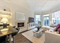 2 bedroom Flat in Sloane Court West...