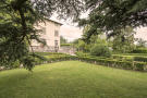 7 bed Detached home for sale in Ponte a Moriano, Lucca...
