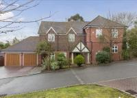 property to rent in Simmons Gate, Copsem Lane, Esher, KT10
