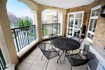 3 bedroom Apartment in Mountview Close...