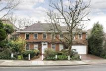 6 bed Detached home in Elm Walk, Hampstead, NW3