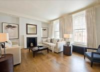 2 bedroom Flat to rent in North Audley Street...